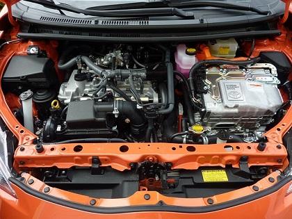 車検に不合格になるエンジンオイル漏れの程度とは?