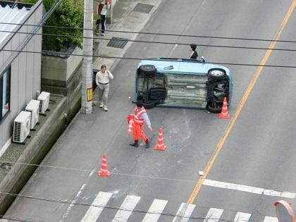 車検切れで人身事故を起こせば自賠責があれば問題ない?